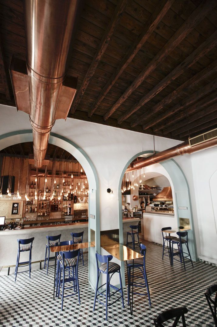 A Former Sponge Factory on the Greek Island of Symi is Transformed into LOS bistro | Yatzer