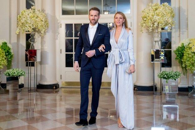 Ryan Reynolds y Blake Lively en la recepción de la cena de gala en la Casa Blanca, ofrecida al Primer Ministro de Canadá y a su esposa.