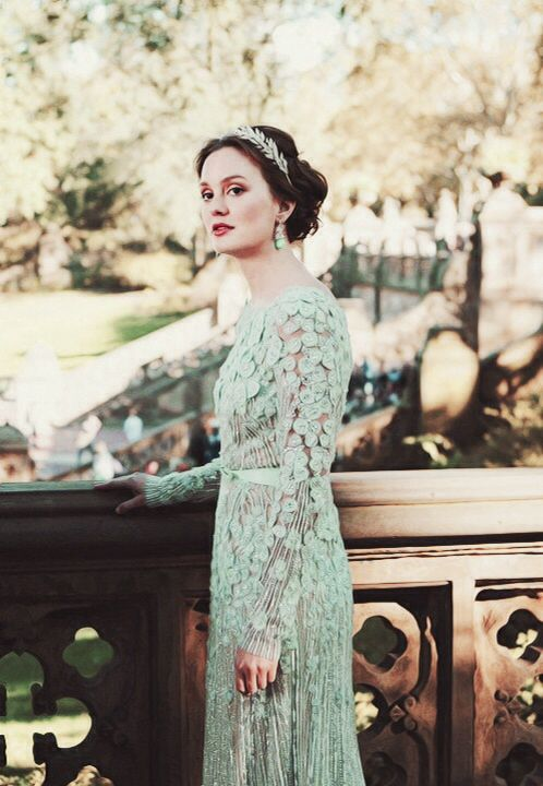 Blair Waldorf in Elie Saab (6.10 New York I Love You XOXO)