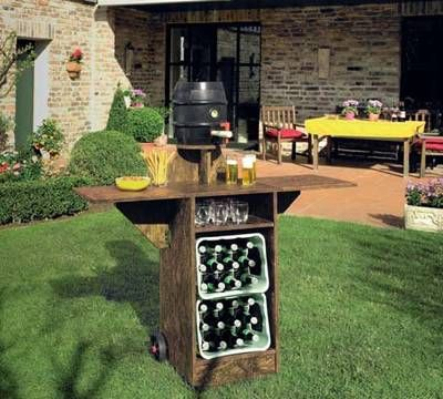 Bauplan: Gartenbar für die WM-Feier  Project plans: Build your own garden bar for the world cup celebrations.