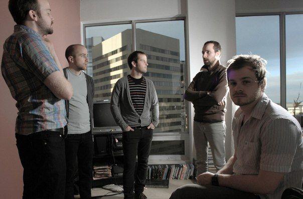 Faunts – канадский квинтет, образованный в 2000 году в Эдмонтоне, штат Альберта, Канада, поначалу насчитывавший троих участников. Это были Paul Arnush — барабанщик, а также братья Tim Batke — вокалист и клавишник — и Steven Batke — также вокалист и гитарист. Вместе они упорно трудились над созданием дебютного альбома, который увидел свет только в 2005 году благодаря нью-йоркскому лейблу Friendly Fire Recordings.
