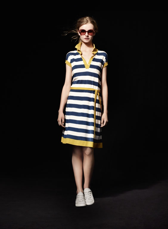 Lacoste presents the new collection for Unconventional Chic Women, featuring the Lacoste L626S Sunwear model.: L626S Sunwear, Mood Street Shows Details, Lacoste L626S, Style, Promo Sur, Modèle Lacoste, Stripes Stripes Strips Fashion, Igraal Grâce, Chic Woman