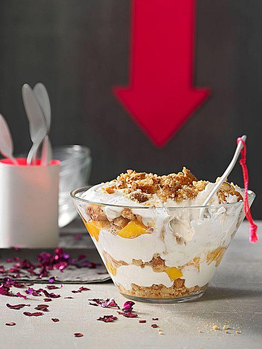 Pfirsich - Cantuccini - Trifle, ein gutes Rezept aus der Kategorie Dessert. Bewertungen: 46. Durchschnitt: Ø 4,6.