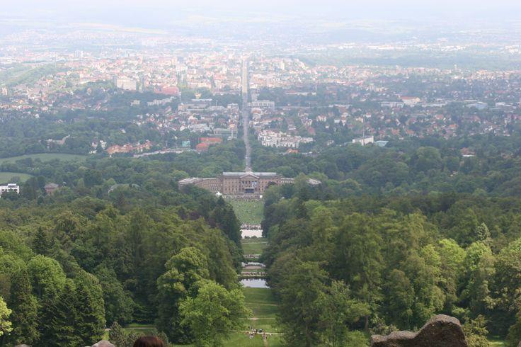Blick auf Schloss Wilhelmshöhe vom Herkules aus