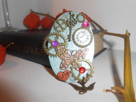 Овальный кулон стимпанк бабочка винтажная деревянная по VintageStuffUSSR