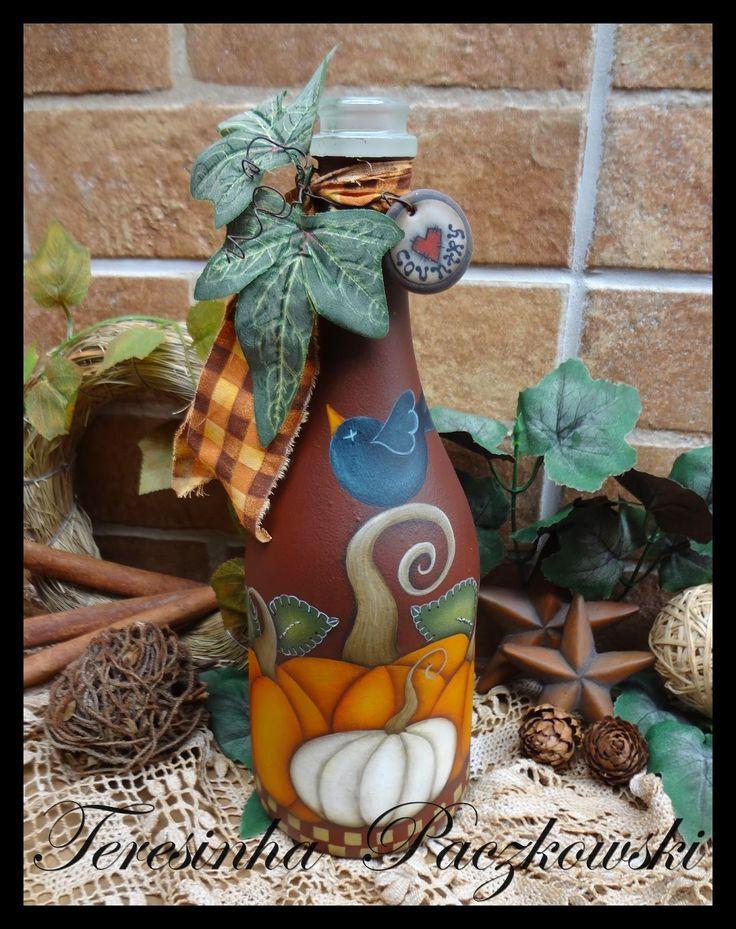 Teresinha Paczkowski: garrafas decoradas