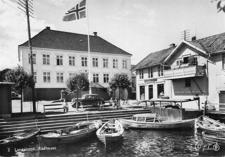 Telemark fylke Bamble kommune Langesund Rådhuset 1940-tallet Utg Oppi