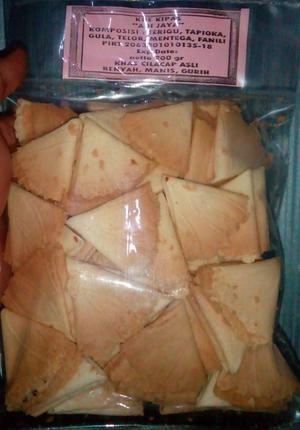 Kue kipas adi jaya 200gr khas cilacap renyah manis gurih