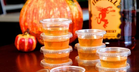 Apple Cider Jello Shots With Fireball Whisky Just In Time For Halloween - View article: http://unnecessaryhumor.com/apple-cider-jello-shots-with-fireball-whisky-just-in-time-for-halloween/69350 @ilykenet