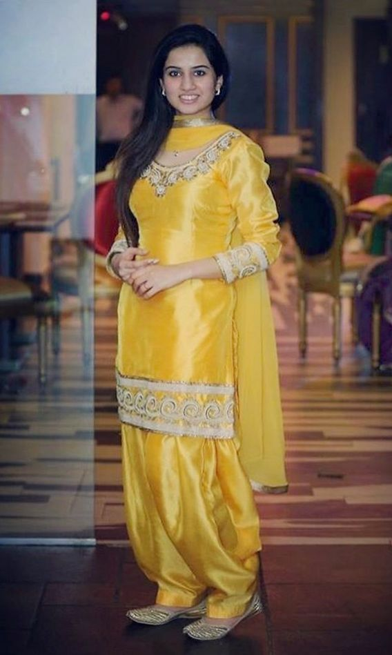 1558 best Punjabi suits images on Pinterest | Indian dresses ...