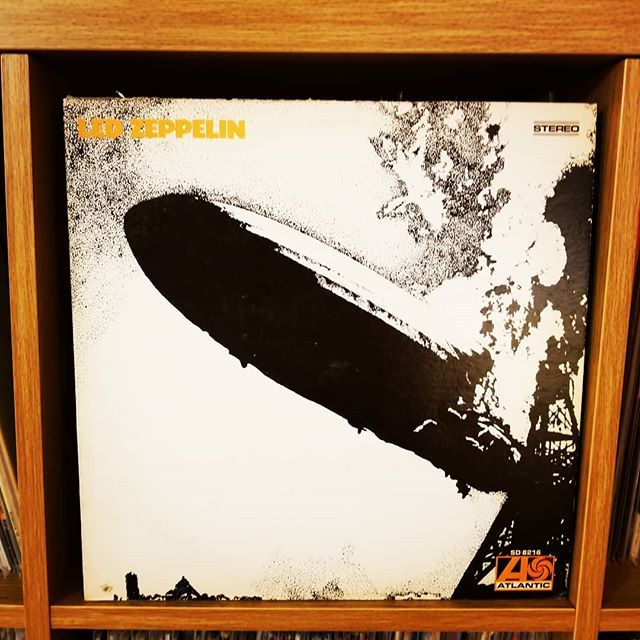 Being Played Tonight In Dc Led Zeppelin Led Zeppelin 1969 On Atlantic Classic English Rock Lots Of Stretched Out Led Zeppelin Zeppelin Cool Rocks