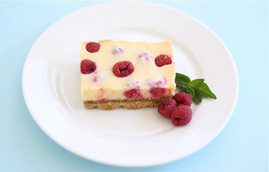 lemon raspberry bars with graham cracker crust