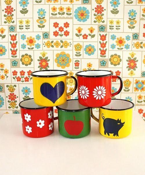 enamel mugs  Repinned from KIDS STUFF by Neel De Ridder  Originally pinned by Prutsen onto Thús.