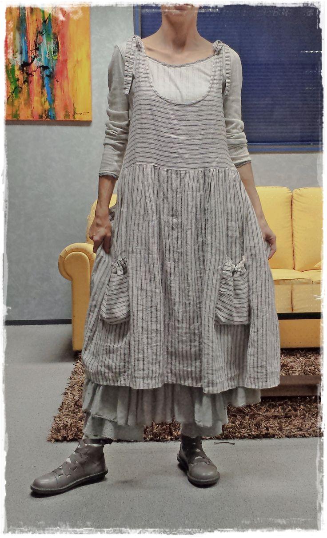 "Robe Perrine rayée écrue ""Les Ours"" + T-Shirt Aelis gris ""Les Ours"" + Jupon Madeleine bleu ""Les Ours"" & Bloomer gris/bleu ""Myrine & Me""/love this"