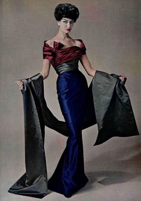 Philippe Pottier photo. Simone d'Aillencourt in Pierre Balmain for L'Officiel, Autumn 1957. | Fashion | Pinterest | Pierre balmain, Balmain and Autumn