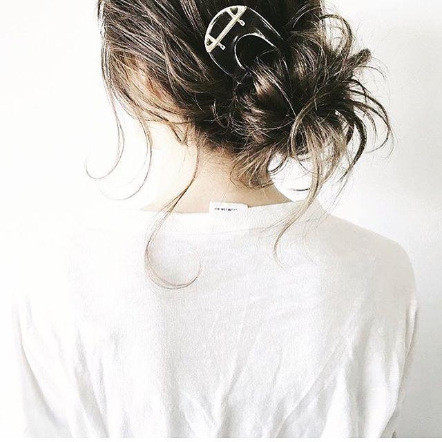 #コレットマルーフ #spring2016collection  #studiedsimplicity  アクリルラボラトリーヘアピンで#春のアップルスタイル ✨✨✨ #ヘアスタイル #ヘアアレンジ #ヘアアクセサリー  #regram @yura.hair  #hairstyle  #hairarrange  #hairaccessories  #springhair  #springfashion  #colettemalouf @colettemalouf