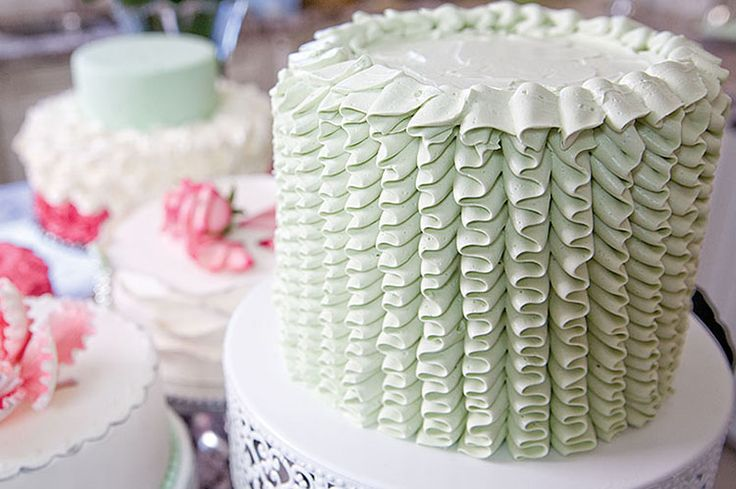 """No one knows cakes quite like It's a Cake Thing founder Daniela Pantaleo. From delicate hand-piped ruffles and handcrafted fondant flowers, to sweet Swiss meringue buttercream rosettes, Pantaleo's custom-cake decorating techniques deliver the wow factor. """"There's nothing better than seeing someone happy, and knowing that you've blown them away,"""" says"""
