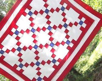 Fête de l'indépendance rouge blanc et bleu quart de juillet Patchwork reconstitué chaîne irlandaise Quilt Top