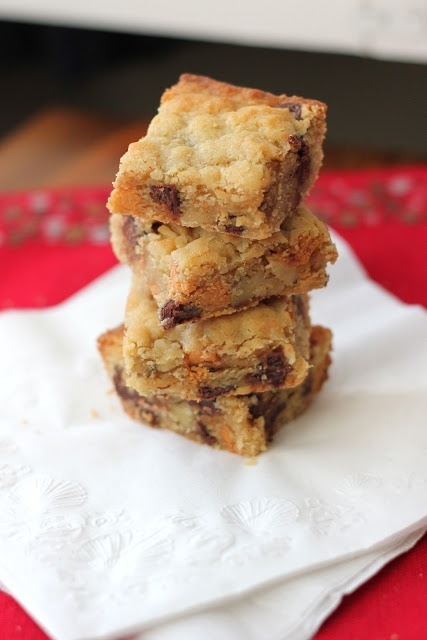 Chocolate Chip, Butterscotch, and Walnut Cookie Bars