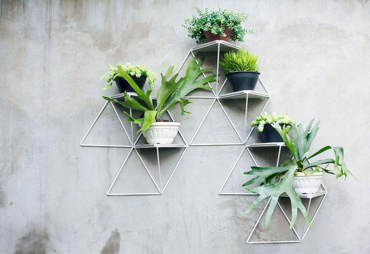 Modular geometric wall shelves