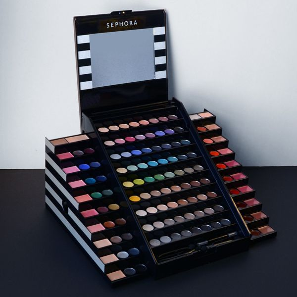 The perfect birthday gift for my niece. #Sephora #color #makeup