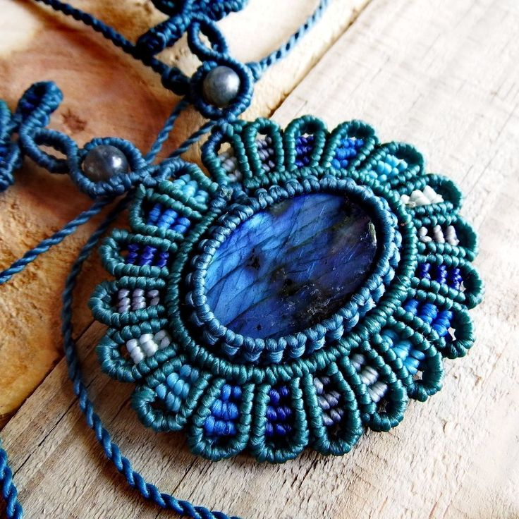 Macrame Necklace Pendant Cabochon Labradorite Quartz Cotton Waxed Cord Handmade #Handmade #Wrap