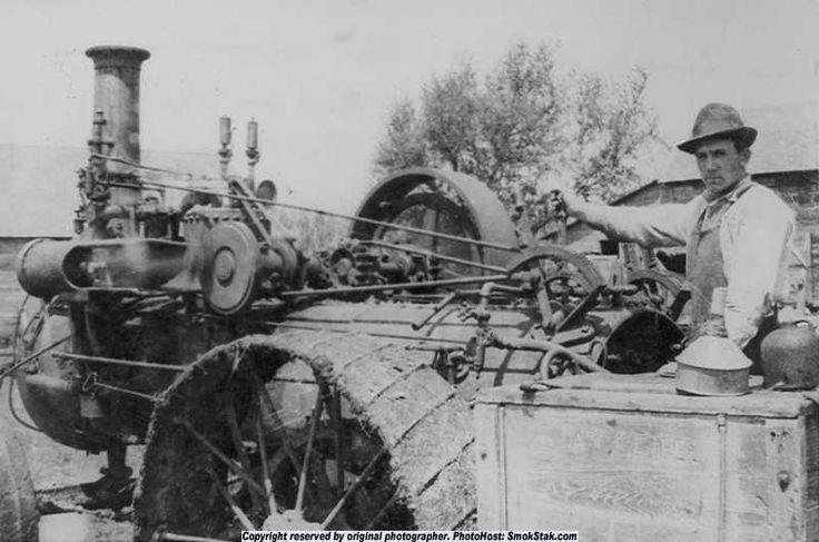 Bryan Steam Tractor - SmokStak