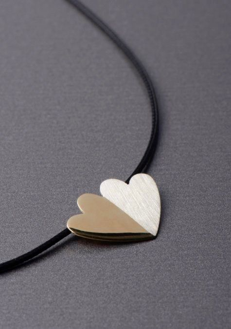 attached hearts necklace