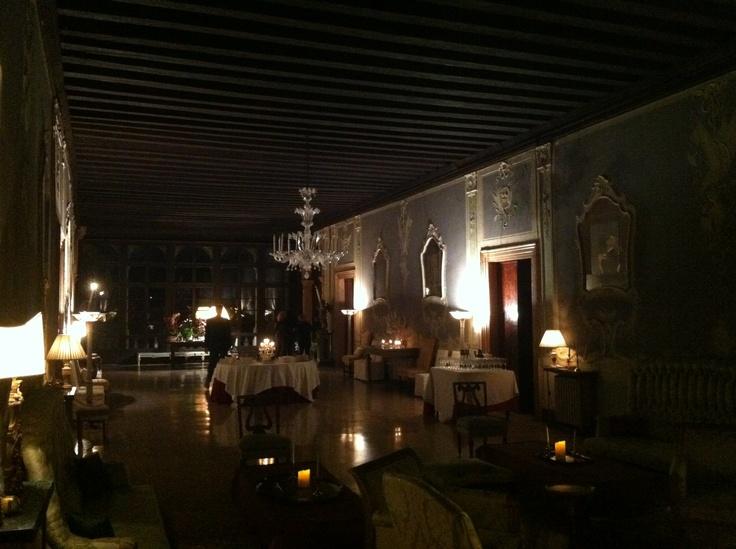 La Noblesse... by night