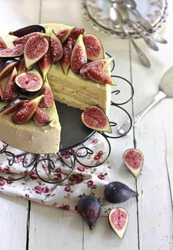 Iced honey mascarpone and almond cake with figs