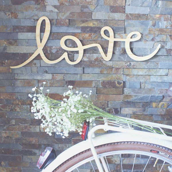 "Image of Palabra de madera ""LOVE"""