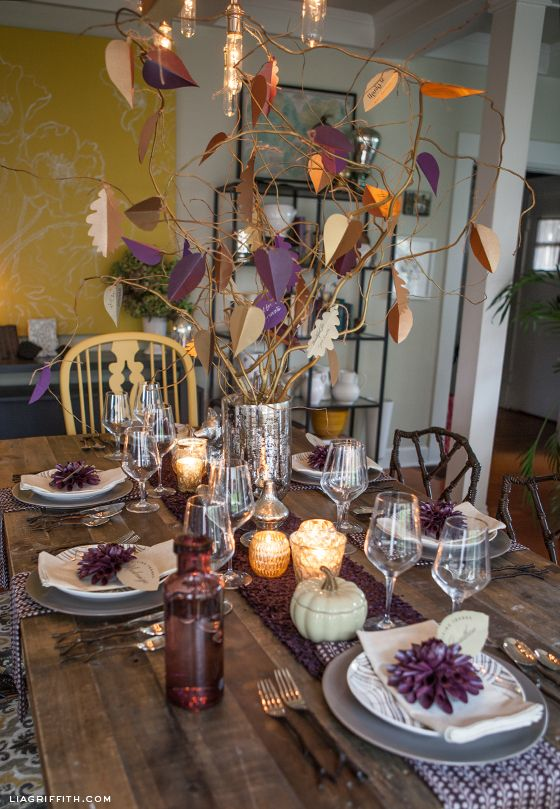 Thanksgiving Table Inspiration + Editable Leaf Place Cards