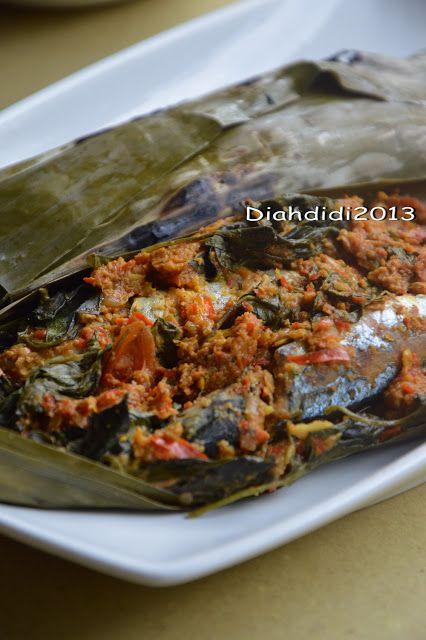 Diah Didi's Kitchen: Menu Makan Siang..Sayur Lodeh dan Pepes Pindang saja..^_^