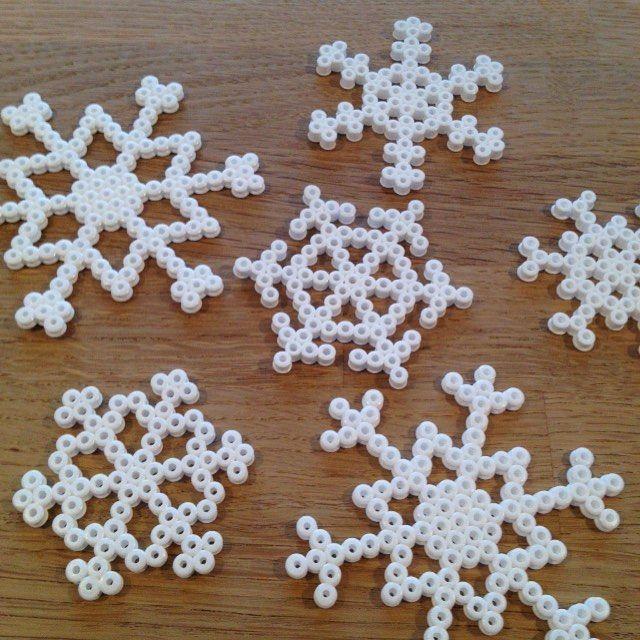 Snowflakes hama beads by  helleeskerod