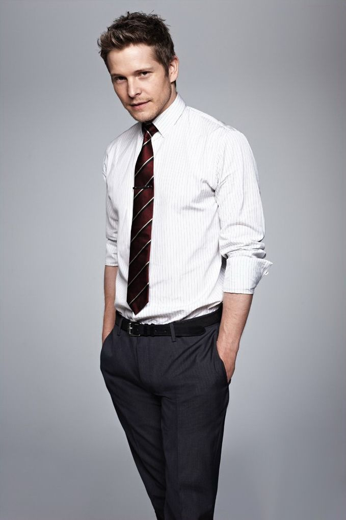 Whether he's Logan or Carey, I love Matt Czuchry! Though Logan is waaaaay dreamy :-)