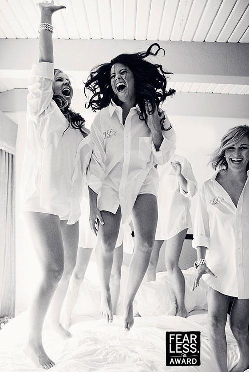 Fun bachelorette photo shoot idea... pillow fight, but where are all the feathers?