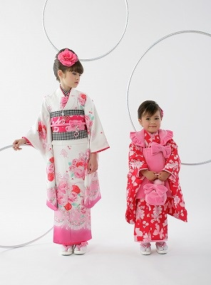 Kids kimono is perfect for the girls<3