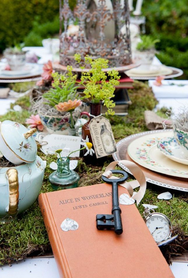 Throw an Alice in Wonderland-inspired wedding.