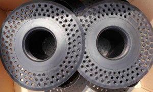 Gura scurgere hala industriala sau pentru suprafete de mari intinderi D150. Se mufeaza la teava de 150mm si se etanseaza la hidroizolatia bituminoasa.
