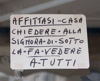 71+immagini+di+scritte+assurde+e+divertenti.+Almeno+l'italiano+sallo!