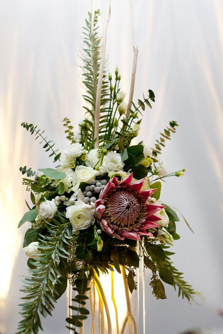 INNA Studio_event decoration / flowers on the table / Sala Ziemi Poznań / fot. Magdalena Adamczewska Photography