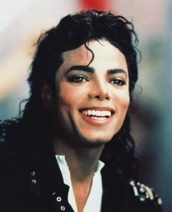 One of my favorite pics from MJ. He had a beautiful smile.