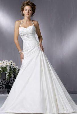 Svatební agentura Amoroso: Jednoduché svatební šaty