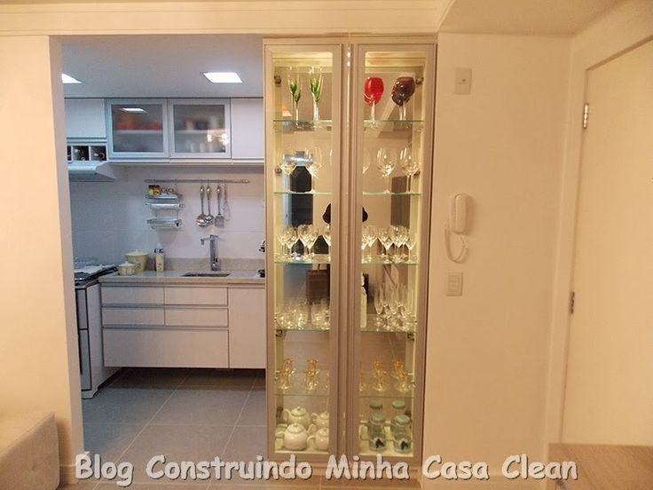 Cozinha-e-cristaleira-revestida-de-espelho.jpg (800×600)