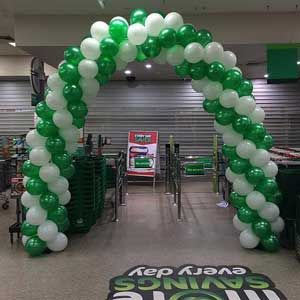 Beautiful Balloon arches arrangement for special events http://www.balloonart.com.au/party-balloon-decorations-and-delivery-for-special-occasions/
