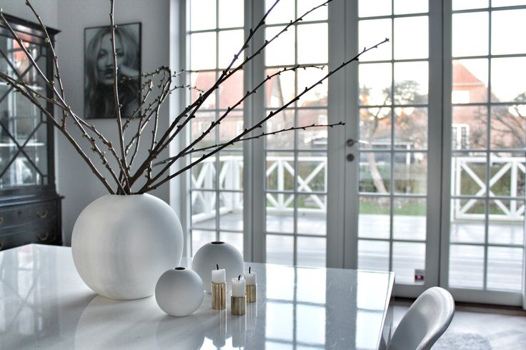 Fint lys på mine yndlingdsvaser fra Cooee Design. Følg min blog www.lykkestunder.dk