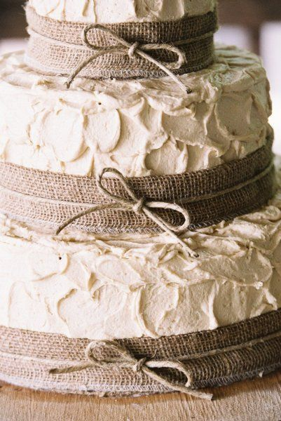 "homemade wedding cake that doesn't look perfectly smooth like fondant. The beautiful ""messy"" texture of the frosting is to die for. Burlap - super cute --- Possibly for a rustic wedding reception/party after our elopement."