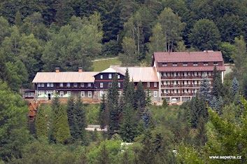 Hotel Sepetná - Ostravice  www.sepetna.cz Hotel 3* Superior a 4*