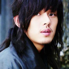 Yoo Ah-in  Sungkyunkwan Scandal 성균관 스캔들(2010) Yum