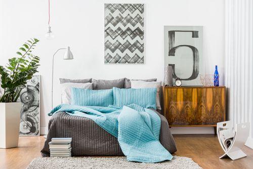 Wil jij dat je slaapkamer een ruimte is waar het zen voelt en waar je lekker kunt ontspannen? Maak dan gebruik van deze zes Feng Shui tips.